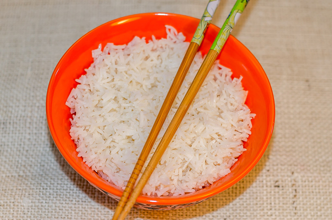 אורז מוכן אחד אחד