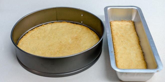 אפיית-הבצק-לעוגה-ולפירורים