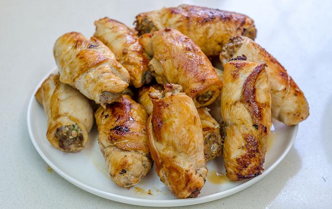 חזה עוף מטוגן לאחר הוצאת קיסמים
