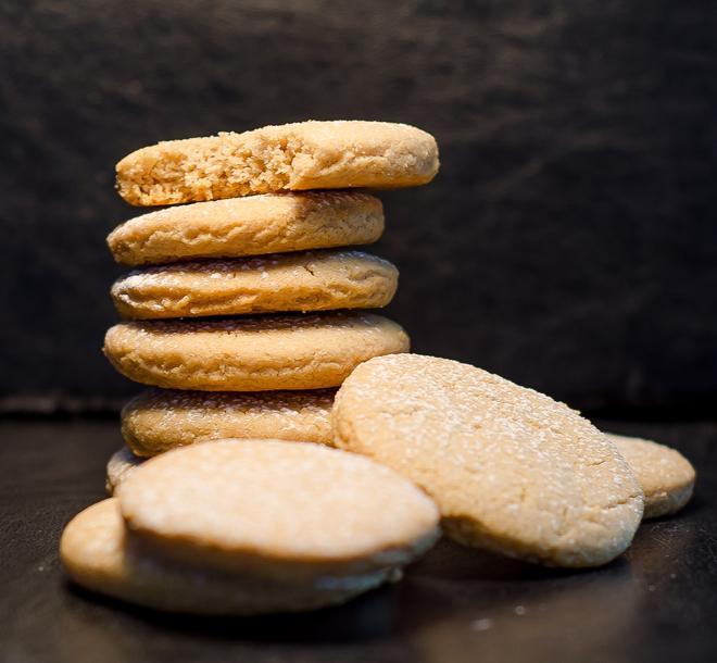 עוגיות טחינה פשוטות וטעימות