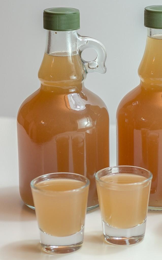 בקבוקי ליקר תאנים