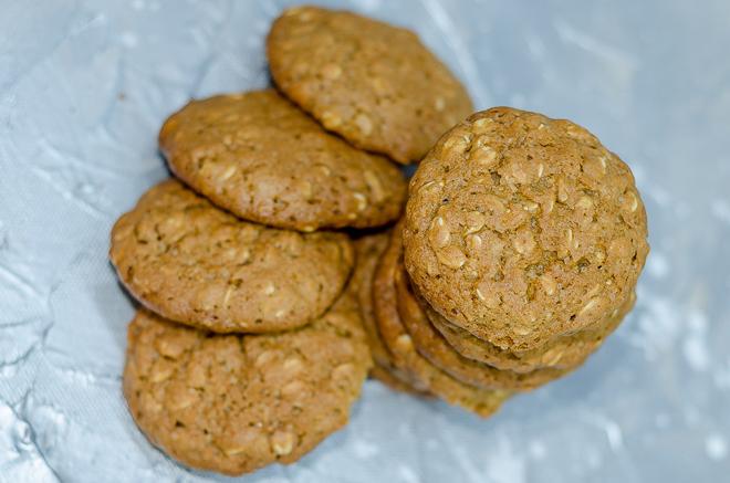 עוגיות שיבולת שועל עם סוכר חום