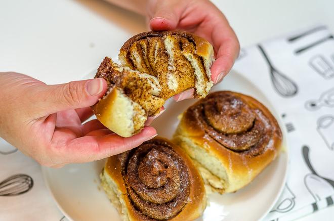 עוגיות שמרים וקינמון קלות להכנה