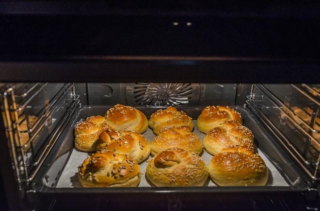 לחמניות בתנור אפיה