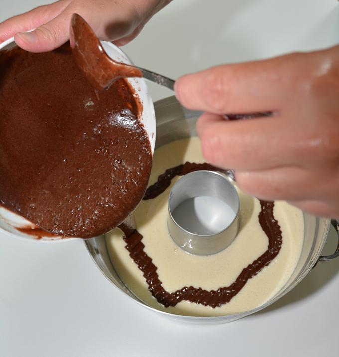 בלילת השוקולד לעוגה