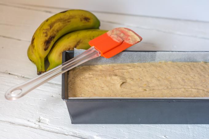 עוגת בננות לפני הכניסה לתנור