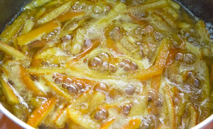 קליפות תפוזים בסירופ