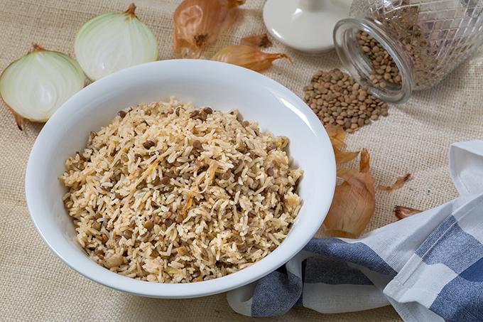 מג'דרה אורז עם עדשים